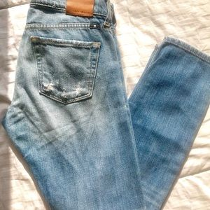 Lightwash | Lowrise straight leg Lucky Brand Jeans